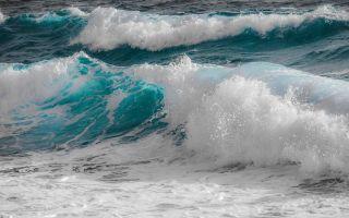 К чему снятся волны во сне: значение по сонникам