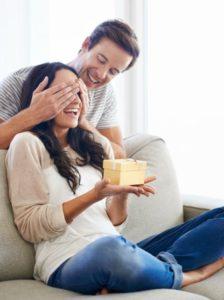 Счастливая пара влюбленных
